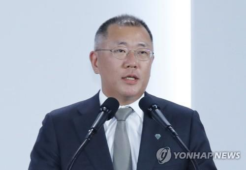 Heads of Hyundai Motor, LG meet over EV biz partnership